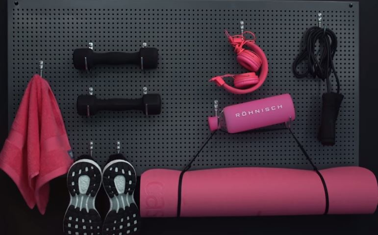 yoga mat storage
